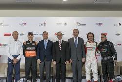 Jo Ramírez, Sergio Pérez, Alejandro Soberón, Miguel Angel Mancera, Francisco Maass, Emerson Fiittipaldi et Héctor Rebaque.