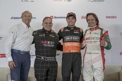 Jo Ramírez, Héctor Rebaque, Sergio Pérez et Emerson Fittipaldi