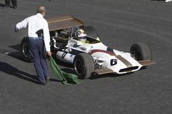 Sergio Pérez, Yardley BRM P153 estrena la pista del Autódromo Hermanos Rodríguez