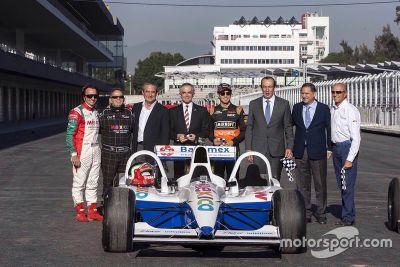 Inauguración Autódromo Hermanos Rodríguez
