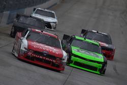 Ryan Reed, Roush Fenway Racing Ford y Regan Smith, JR Motorsports Chevrolet