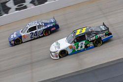 Eric McClure, JGL Racing Toyota dan Blake Koch, TriStar Motorsports Toyota