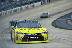 Ryan Reed, Roush Fenway Racing Ford en Denny Hamlin, Joe Gibbs Racing Toyota