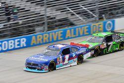 Elliott Sadler, JR Motorsports Chevrolet and Regan Smith, JR Motorsports Chevrolet