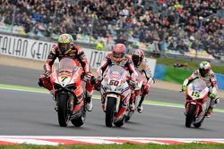 Chaz Davies, Ducati Team, et Michael Van der Mark, Pata Honda