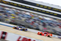 Chase Elliott, JR Motorsports Chevrolet and Kyle Larson, HScott Motorsports Chevrolet