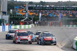 Partenza: Timmy Hansen, Team Peugeot Hansen al comando