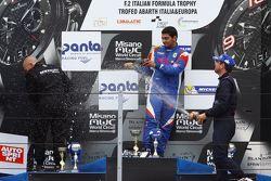 Podio Gara 2: il vincitore Danny Molinaro, Progetto Corsa, il secondo classificato Walter Margelli,