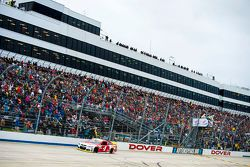 Le vainqueur Kevin Harvick, Stewart-Haas Racing Chevrolet