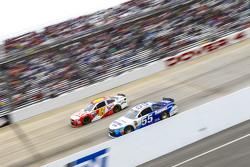 David Ragan, Michael Waltrip Racing Toyota and A.J. Allmendinger, JTG Daugherty Racing Chevrolet