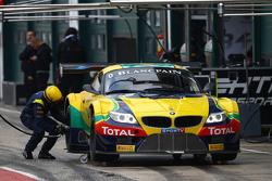 السيارة رقم 0 فريق بي إم دبليو سبورتز تروفي البرازيلي بي إم دبليو زد4: كاكا بوينوـ سيرجيو جيمينيز