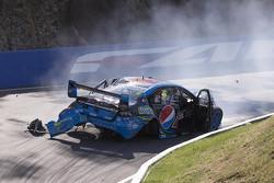 Chaz Mostert, Prodrive Racing Australia Ford choque