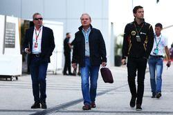 Martin Brundle, Commentateur Sky Sports avec Jonathan Palmer, et Jolyon Palmer, Pilote d'essais et de réserve Lotus F1 Team