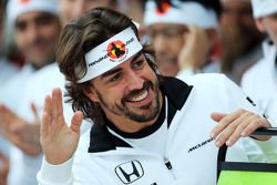 Fernando Alonso, McLaren fête son 250e Grand Prix