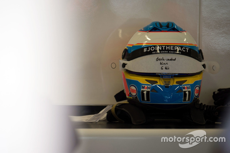 The helmet of Fernando Alonso, McLaren