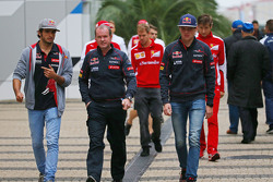 Карлос Сайнс мл., Scuderia Toro Rosso, и Макс Ферстаппен, Scuderia Toro Rosso,