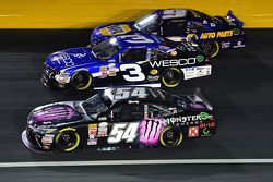 Kyle Busch, Joe Gibbs Racing Toyota, Ty Dillon, Richard Childress Racing Chevrolet y Chase Elliott,