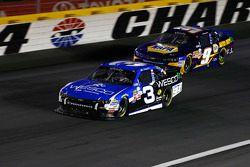 Ty Dillon, Richard Childress Racing Chevrolet dan Chase Elliott, JR Motorsports Chevrolet