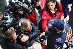Daniel Ricciardo, Red Bull Racing, avec les médias