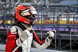 Ganador de la pole Esteban Ocon, ART Grand Prix
