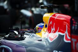 Daniel Ricciardo, Red Bull Racing RB11 en parc ferme