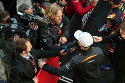 Nico Hülkenberg, Sahara Force India F1, avec les médias