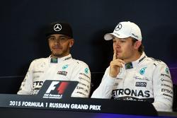 Mercedes AMG F1, Lewis Hamilton y Nico Rosberg, de Mercedes AMG F1 en la Conferencia de prensa FIA