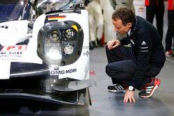 Алексом Хитцингером, технический директор LMP1 Porsche Team