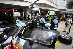Patrick Dempsey, Patrick Long, Dempsey Proton Racing