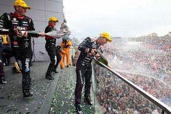 1. Craig Lowndes und Steven Richards, Triple Eight Race Engineering, Holden