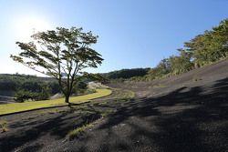Old Fuji speedway banking
