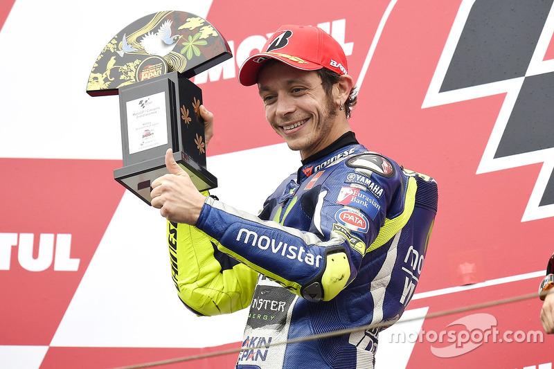 2015: con la M1, vuelve de nuevo regularmente al podio