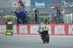 Valentino Rossi, Yamaha Fabrika Takımı, ikinciliği alıyor
