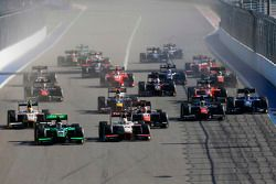 Richie Stanaway, Status Grand Prix al comando davanti ad Arthur Pic, Campos Racing