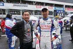 Kazuki Nakajima, Toyota Racing with his father Satoru Nakajima