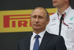 Vladimir Poutine, Président de la Fédération de Russie, sur le podium