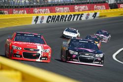 Justin Allgaier, HScott Motorsports Chevrolet; Alex Bowman, Tommy Baldwin Racing Chevrolet