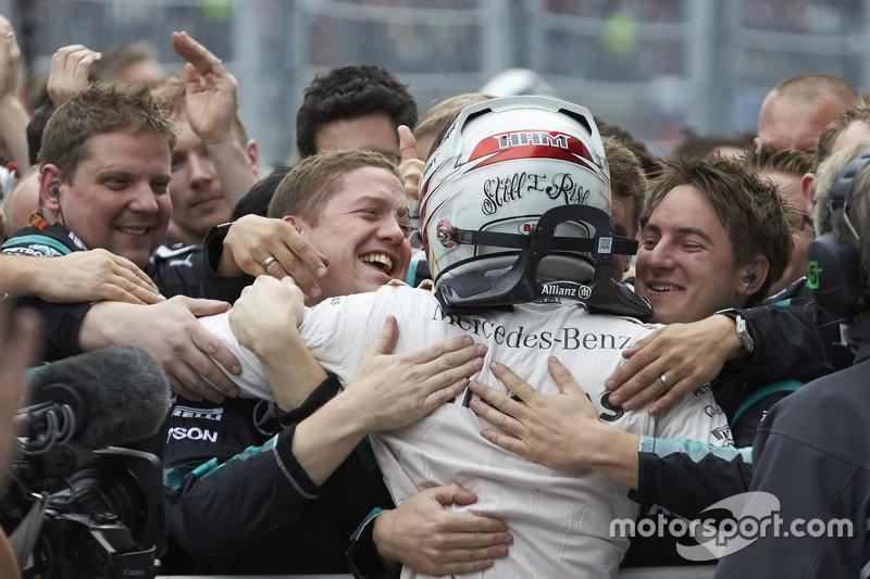 Mercedes выиграла все 4 Гран При России, две победы на счету Льюиса Хэмилтона