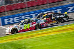 Jeff Gordon, Hendrick Motorsports Chevrolet y Ryan Newman, Richard Childress Racing Chevrolet