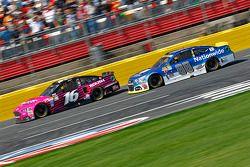 Greg Biffle, Roush Fenway Racing Ford et Dale Earnhardt Jr., Hendrick Motorsports Chevrolet
