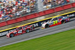 Kyle Larson, Chip Ganassi Racing Chevrolet et Jeff Gordon, Hendrick Motorsports Chevrolet