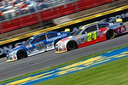 Dale Earnhardt Jr., Hendrick Motorsports Chevrolet; Jeff Gordon, Hendrick Motorsports Chevrolet