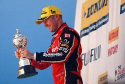 Gordon Shedden, Honda Yuasa Racing Honda Civic Type R celebra ganar el Campeonato Británico de Turis
