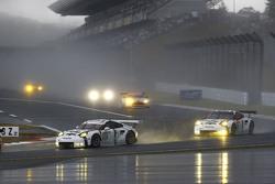 #92 Porsche Team Manthey Porsche 911 RSR: Frédéric Makowiecki, Patrick Pilet and #91 Porsche Team Ma