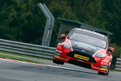 Mike Bushell, AmD Tuningcom Ford Focus