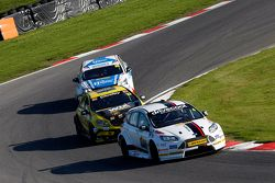 Mat Jackson, Motorbase Performance Ford Focus