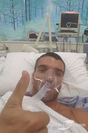 Alex De Angelis se recupera no Hospital Dokkyo, em Mibu