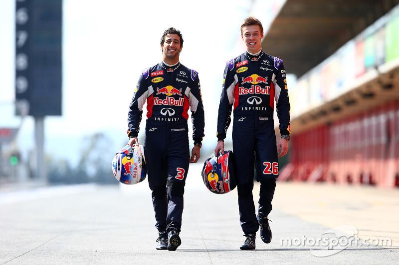 В 2015-м Квят перешел в Red Bull Racing, где стал напарником Даниэля Риккардо (слева)