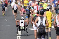 Alex Zanardi compite en el Triatlón Ironman de Hawaii