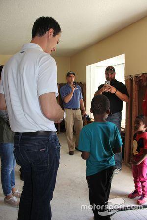 Joey Logano Kolombiya ziyareti
